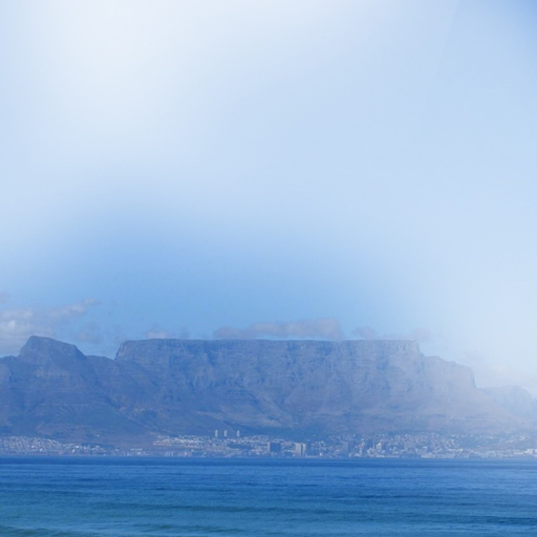 table-mountain-travel-adults-main-location1