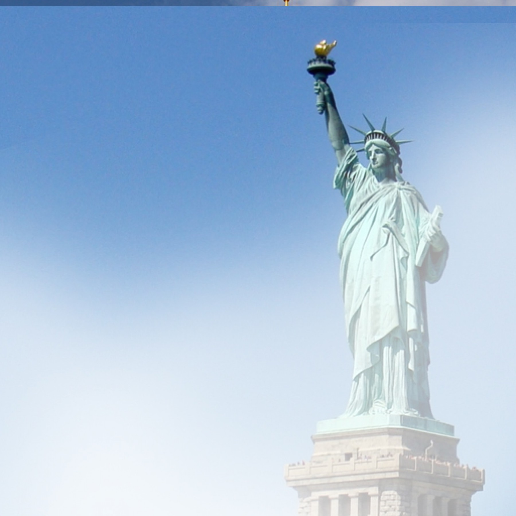 statue-of-liberty-travel-adults-main-location