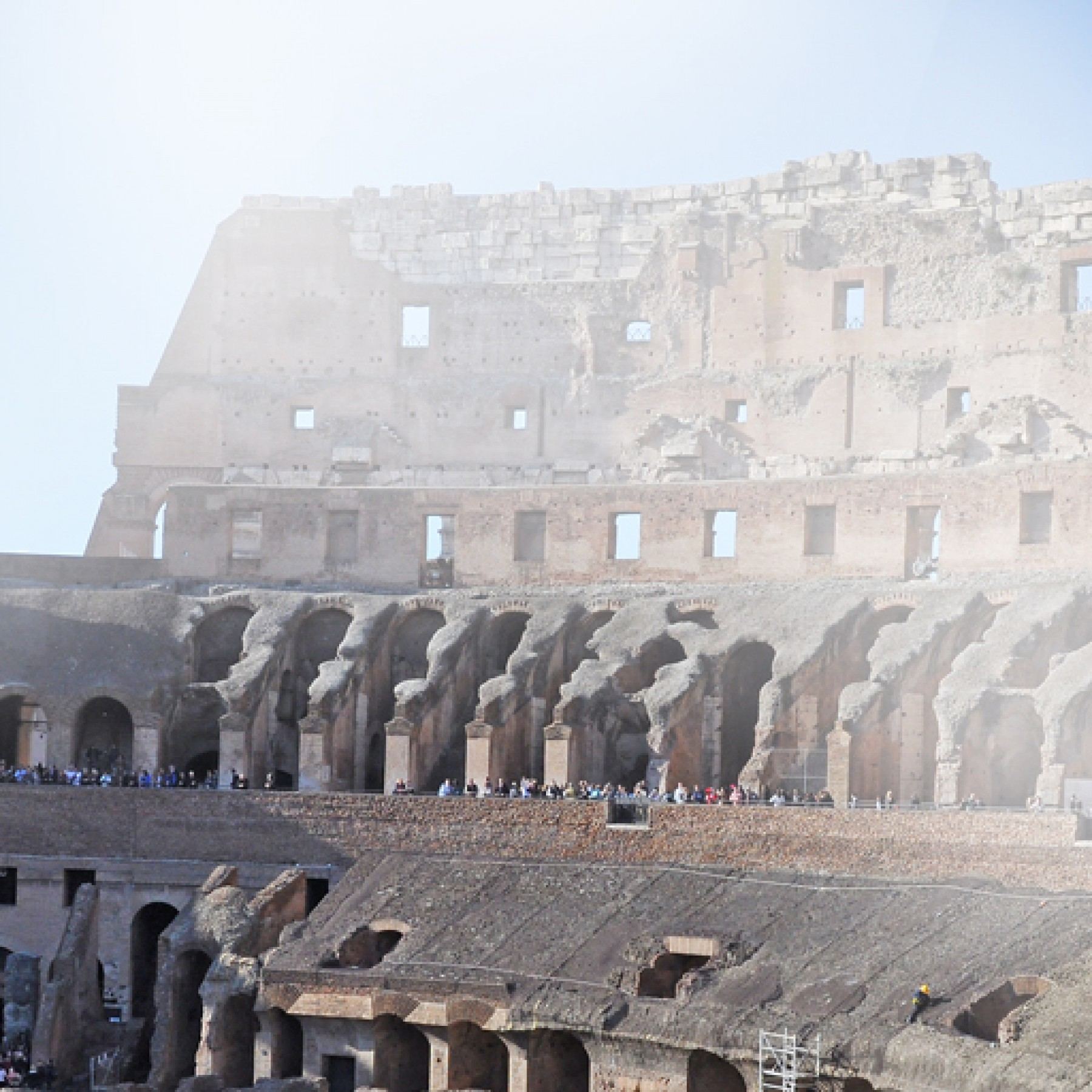 colosseum-education-history-travel-adults-main-location