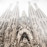 sagrada-familia-history-travel-adults-main-location1